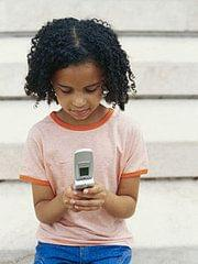 Children-Cell-Phone-Use-Rise